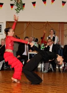 Petra Lessmann und Alexander Hick bei den lateinamerikanischen Tänzen: beim fetzigen Jive bei Deutscher Meisterschaft in Hamburg. Bilder von Carola Bayer, Hamburg: